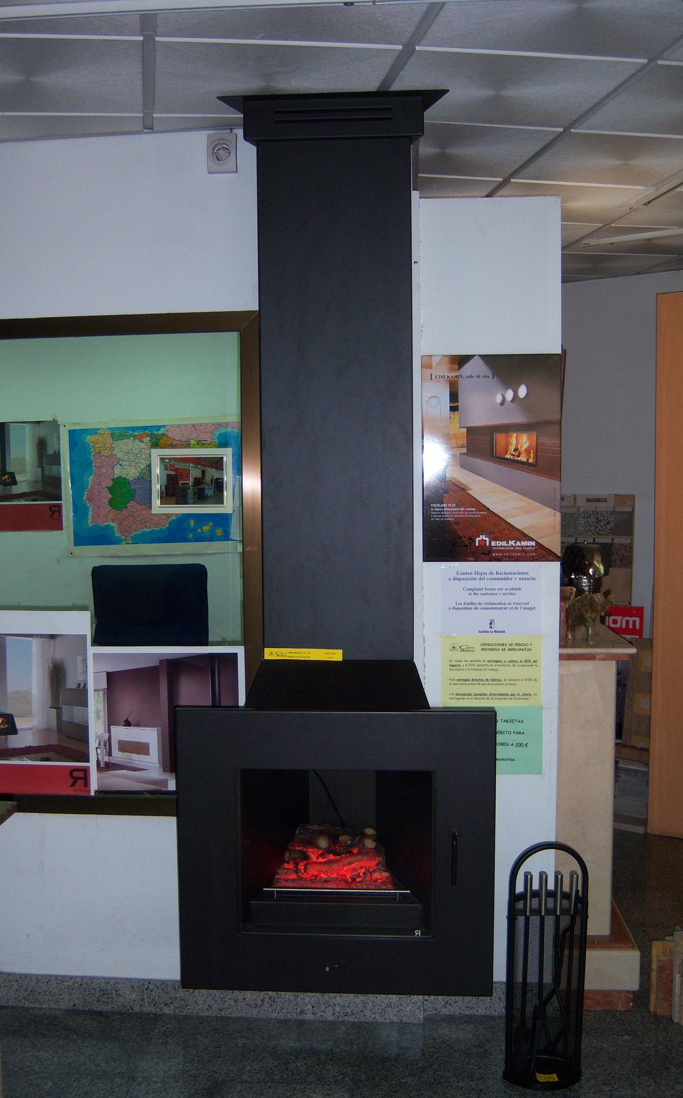Exposici n de chimeneas en guadalajara y alcal for Chimeneas metalicas precios