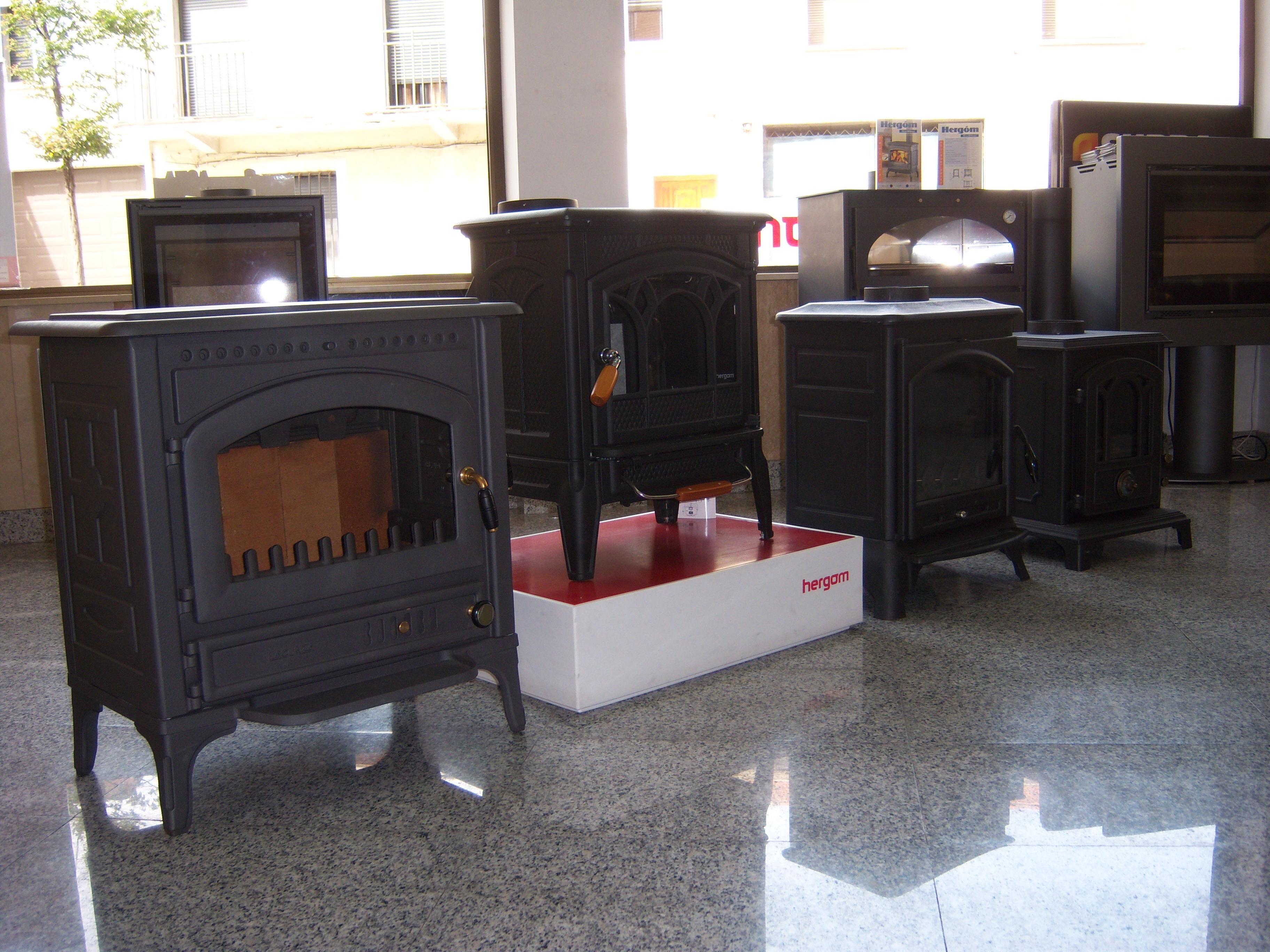 Exposici n de chimeneas en guadalajara y alcal - Estufas de fundicion ...